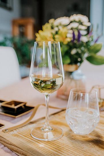 verre en cristal - verre à vin blanc - collection brasserie - maison cyna